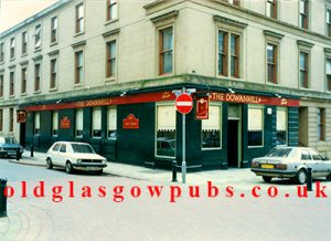 Exterior view of the Dowanhill Bar, Dowanhill Street 1991