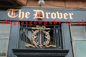 Image of the sign The Drover 2005.