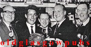 Image of Guinness Darts Team 1968