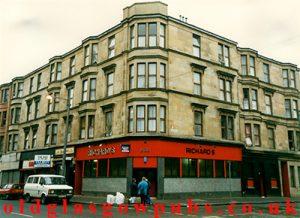 Exterior veiw of Richard's Bar Govan Road 1991