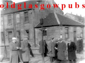 Image of the Crown Inn Buchanan Street, Baillieston